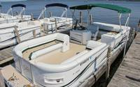 Finished-pontoon-interior-2_7556_2018-01-26_15-25